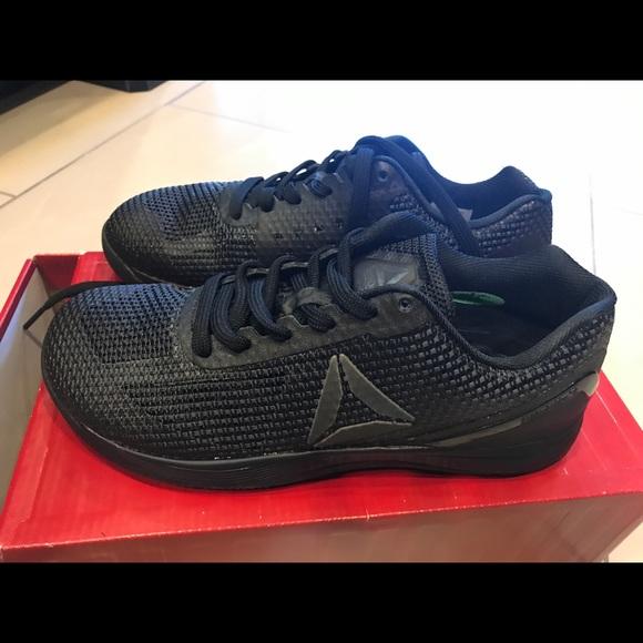 7053be0f2344f7 New Woman Reebok Crossfit Nano 7 training shoes